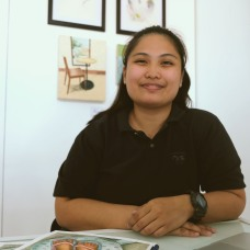 Teacher Carol: Anne Cristine Carol Elbo is a graduate of BS Industrial Technology Major in Drafting with honors from the Eulogio 'Amang' Rodriguez Institute of Science & Technology, Cavite campus. and later worked as a college instructor from said campus. Teacher Carol is a photographer, visual illustrator, graphic designer, art advocate from local art organisation Guhit Pinas, and World Peace advocator from a lay Buddhist organization. Her work is greatly influenced from time alone with the television as well as  daily lives in streets.